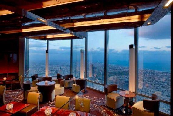 ресторан в Дубай молл с видом